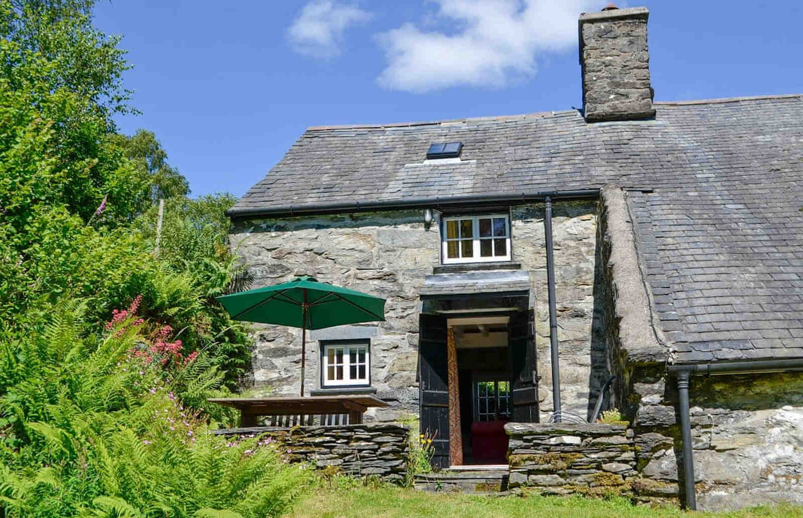 Benar Cottages - Benar Bach Garden